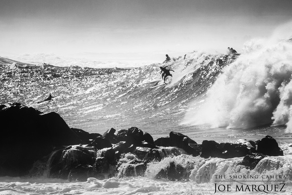 _DSC3506-Edit-2 joe marquez the smoking camera waimea bay hawaii surf black and white nikon v3 70-300cx