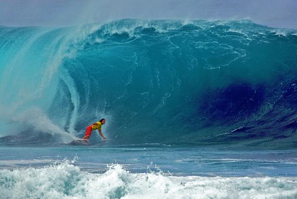 4aadaf3b5d Surfing Heavy Wave - Northshore Oahu